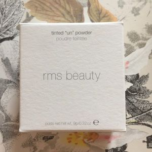 RMS Beauty Tinted Un Powder New in Box!